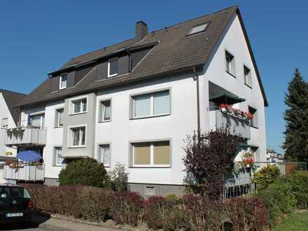 Wörmann-Angebot: möbliertes Dachappartment mit Traumblick