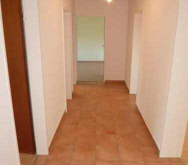 Attraktive 3,5-Zimmer-Wohnung in Straubenhardt/Conweiler zu vermieten.