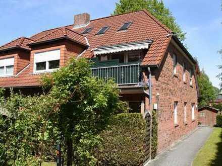 Zentral gelegen! Geräumige Dachgeschosswohnung mit ausgebautem Spitzboden in sehr guter Lage von ...