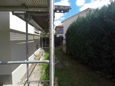 Gründerzeit !!! Schicke sanierte Altbauwohnung mit Balkon und Gartenecke