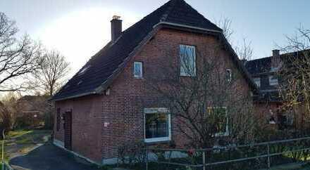 Charmantes Einfamilienhaus mit Doppelgarage in Meldorf