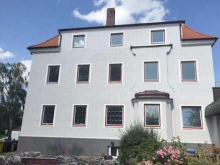Über 9 % Rendite - Ehemalige Gaststätte und Pension als Flüchtlingsunterkunft in Wertingen!