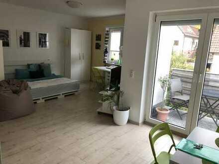 neuwertige 1-Zimmer-Wohnung mit Balkon und Einbauküche in Heidelberg-Ziegelhausen