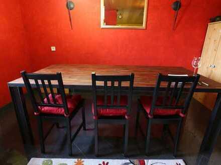 Freundliche Doppelhaushälfte mit Einbauküche in Winnenden