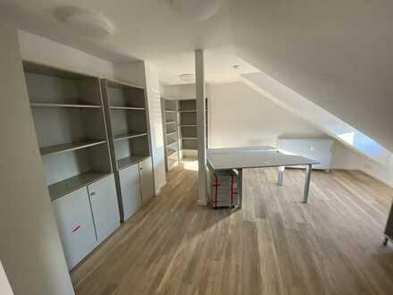 Modernste Büroräume von 25 - 75 m² Glasfaser/Klima/Aufzug/TG
