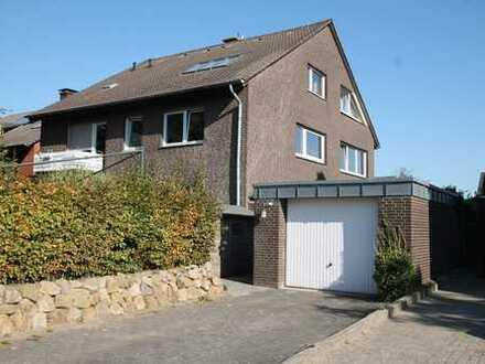Großzügiges Drei-Familienhaus in ruhiger Wohnlage