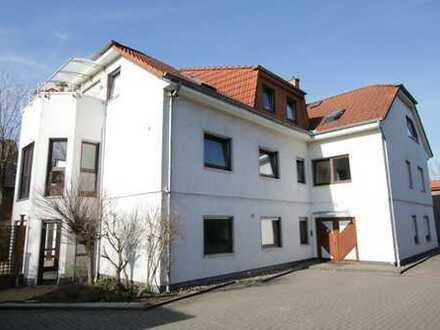*provisionsfrei* - Sonnige 4 ZKB, EG, großer Südgarten, Kamin, Isernhagen!