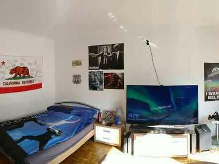 30m² Zimmer in 3er WG Stadtzentrum nah