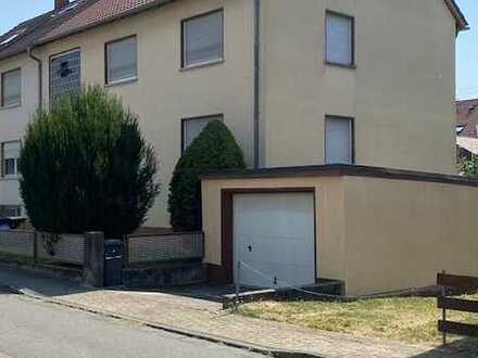 Mehrgenerationenhaus mit Wohlfühlgarten in Toplage
