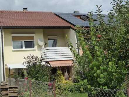 Schönes Haus mit fünf Zimmern in Regensburg, Kumpfmühl-Ziegetsdorf-Neuprüll