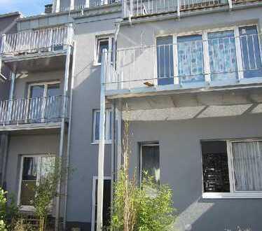 Ca. 4% Rendite in Köln-Sürth ! KOMPLETT SANIERTES Wohn- und Geschäftshaus in attraktiver Lage !