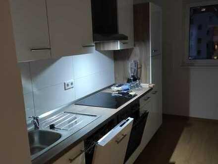 12 m² WG Zimmer sucht DICH - in 4er WG Neugründung - 2. OG Kernsaniertes Haus - ab sofort!