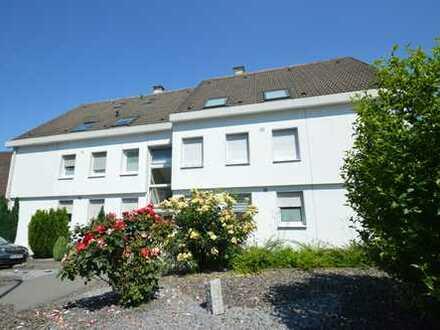 Schöne Wohnung in Lichtendorf - 2 Zimmer, Balkon, Tageslichtbad, Gäste WC, Blick ins Grüne