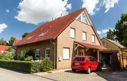 HOMESK - Schöne Doppelhaushälfte mit Garten in ruhiger Lage in Pankow