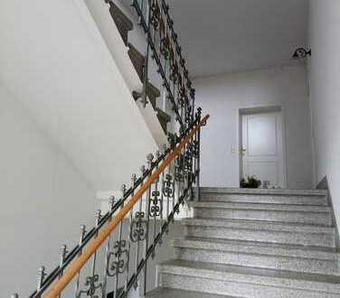 !! Kaßberg, 2-Raumwohnung in denkmalgeschütztem Mehrfamilienhaus !!