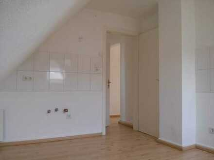 helle Dachgeschosswohnung - tolle Raumaufteilung