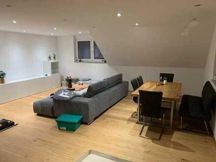 Erstbezug mit Einbauküche: attraktive 3-Zimmer-DG-Wohnung in Berghülen