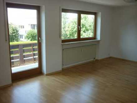 Helle 3-Zimmer-Wohnung mit großem, sonnigen Süd-West-Balkon