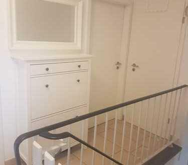 Helle, familienfreundliche, teilmöblierte 4-Zimmer-Wohnung im Bonner Norden