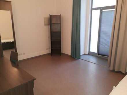 2-Zimmer-Appartement (WG geeignet, beide Zimmer möbliert); Frei ab 01.07.2021