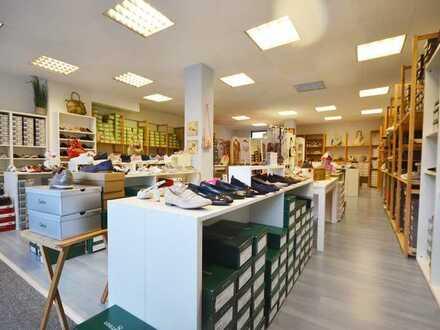 Ladenlokal in absolut zentraler Lage von Meerbusch Lank-Latum! 1A-Lage!