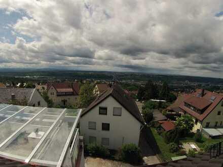 73732 Esslingen - Modernisierte Dachgeschosswohnung in ruhiger Höhenlage (3-Zimmer, 67m²)
