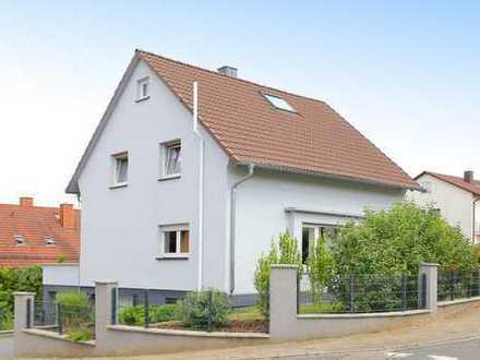 Charmantes Haus für die kleine Familie!