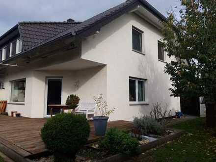 Schöne, helle Doppelhaushälfte in Bad Lippspringe