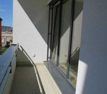 Liebevolle Zweiraumwohnung mit Balkon - so lässt es sich leben!