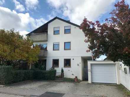 Esslingen: Großzügige 4-Zimmer-Wohnung mit familiengerechtem Grundriss !