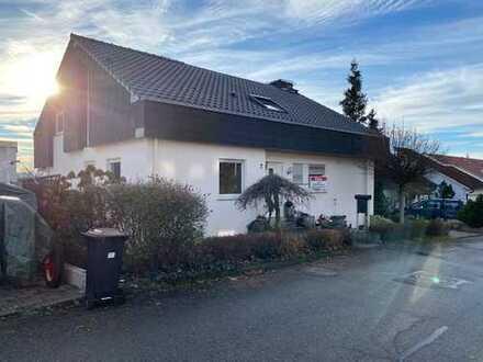 Einfamilienhaus mit Einliegerwohnung zu vermieten