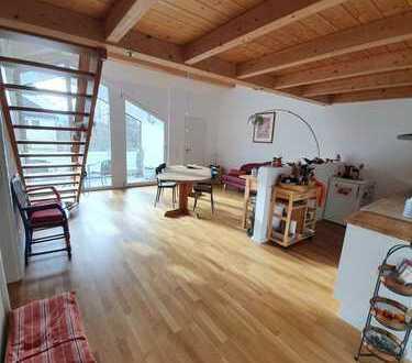Sehr schöne helle DG Wohnung in Rosenheim