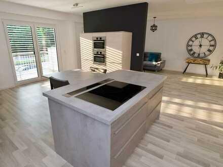 Architekten 3-Zimmer-DG-Wohnung mit Balkon und Einbauküche in Schwäbisch Gmünd