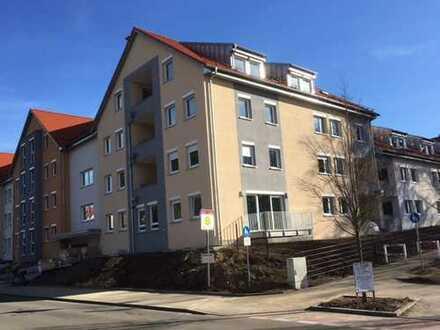 Erstbezug: Moderne großzügige 3-Zi-Wohnung in zentrumsnaher Lage und mit viel Komfort
