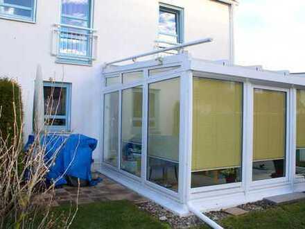 Exklusive 3-Zimmer-Maisonettewohnung mit Wintergarten und eigenem Garten in Pfersee Süd