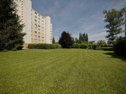 Hochwertig renovierte 3-Zimmer Wohnung mit Blick ins Grüne!