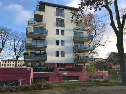 Schöne vier Zimmer-Wohnung in Magdeburg mit Elbblick, Werder