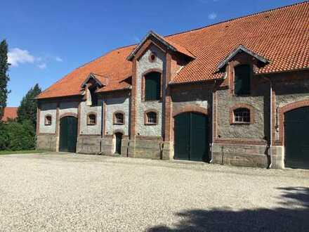 Halle/Werkstatt