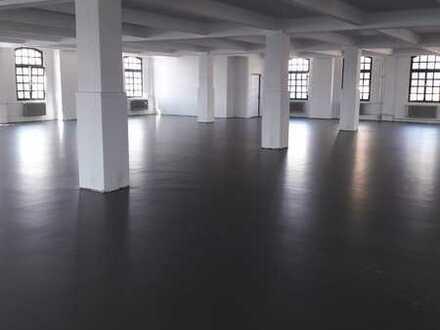 Büro-/Lager- bzw. Produktionsflächen in Berlin-Spandau provisionsfrei zu vermieten