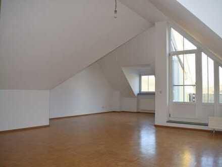 3-Zimmer-Maisonette-Wohnung mit Balkon und TG-Stellplatz zu vermieten