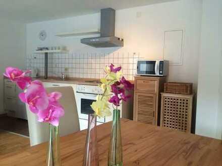 Stilvolle 2-Zimmer-Wohnung mit Balkon und Einbauküche in Aachen