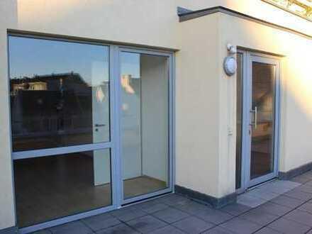 Neuwertige 2-Zimmer-Terrassenwohnung mit Balkon und Einbauküche in Euskirchen