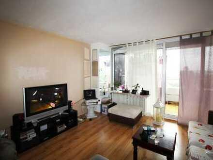 Vermietete 2 Zimmerwohnung mit großem Balkon und Garage in der Frankfurter Str. 84