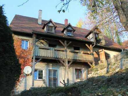 Saniertes historisches Haus mit 10 Zimmern in Gräfenberg, in naturnaher Lage Nähe Zentrum