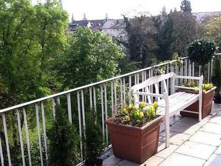 Südstadt: ruhige GartenblickWhg mit großem Balkon, zentral, Aufzug