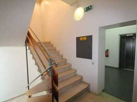 *Attraktive Büro- oder Praxisfläche in zentraler Lage von Gelnhausen (Teilflächen möglich)*
