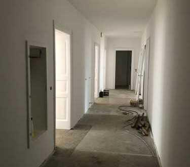 Wunderschöne komplett sanierte 3 Zimmer Altbauwohnung Haidhausen