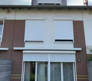 Schönes Haus mit fünf Zimmern in Hannover, Vahrenwald