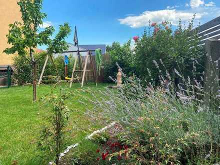 Traumhafte Altbauwohnung mit Garten!