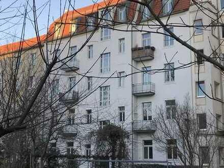 Schöne 5-Zimmer-Wohnung in Gründerzeithaus in Striesen